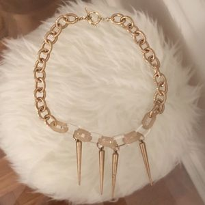 Jewelry - GOLD AND LUCITE NECKLACE